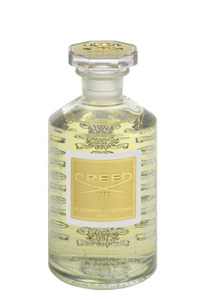 Парфюмерная вода Royal Princess Oud 500 мл купить оригинал от 15385р в интернет магазине Молекула, арт 2150064